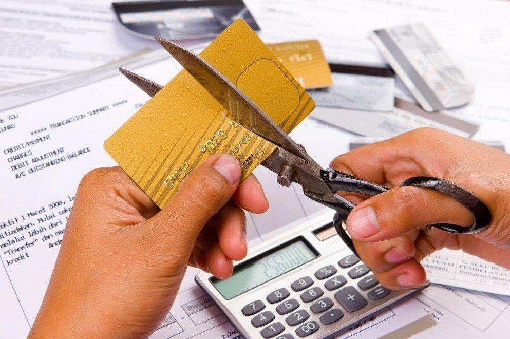 Что если приставы сняли деньги с кредитной карты