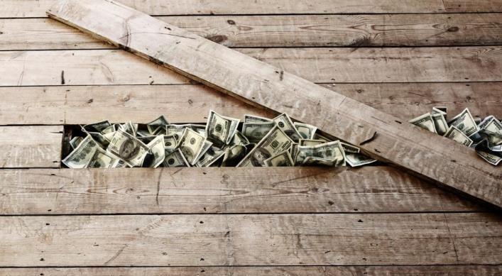 Не храните доллары. Спонсор статьи (не) Центробанк РФ