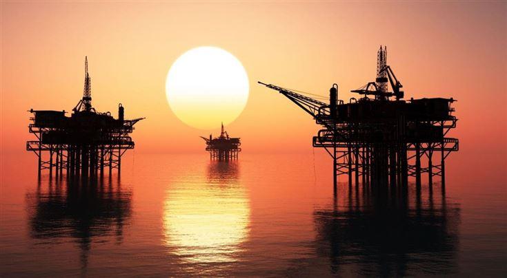 Битва нефтяных вышек. Кто устроил «черный понедельник», и как скажется экономическая война на России?